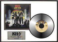 22: KISS ''Love Gun'' Gold LP