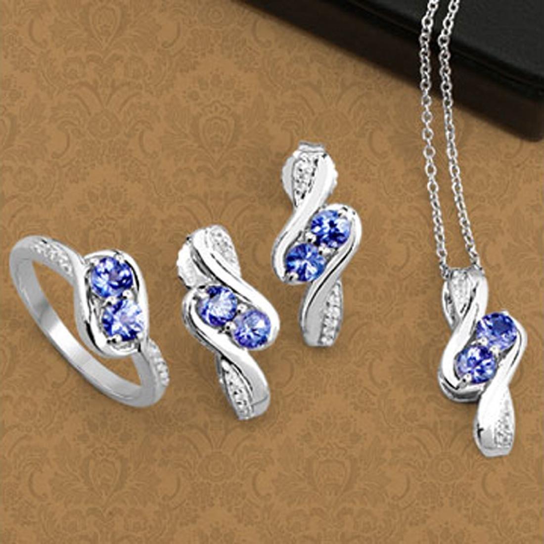 APP: 2.2k Fine Jewelry 2.00CT Round Cut Tanzanite And