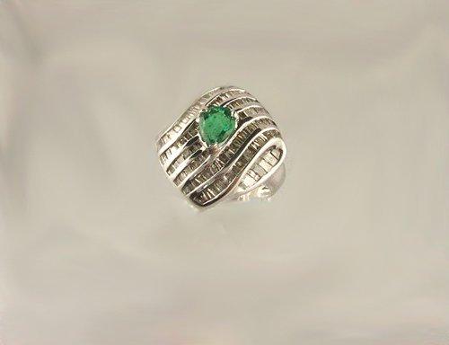 802: APP.: $17.4K, 0.93CT Emerald and 1.75CT Diamond Ri