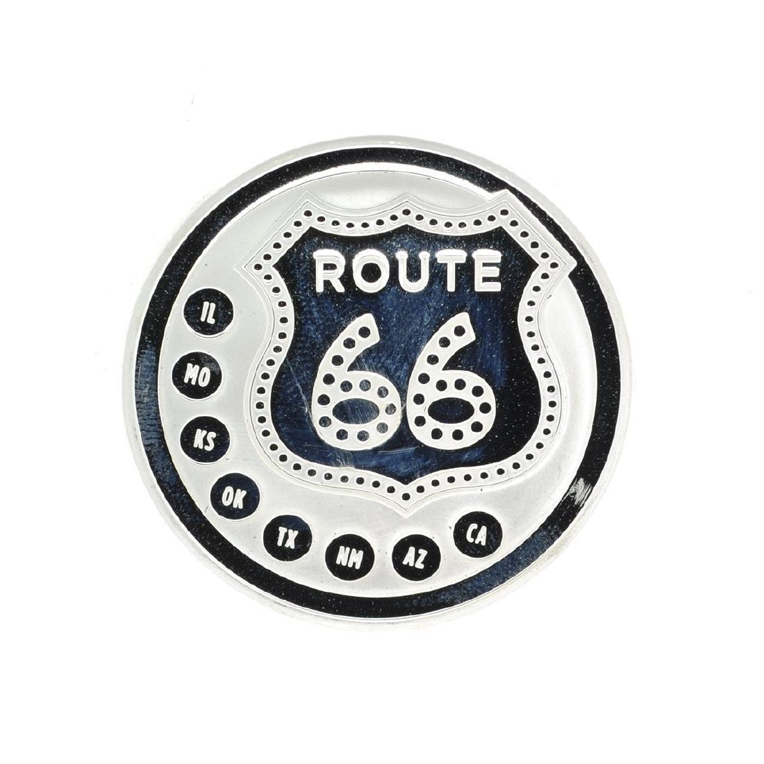 Beautiful 1 oz .999 ''ROUTE 66'' Fine Silver Round Coin