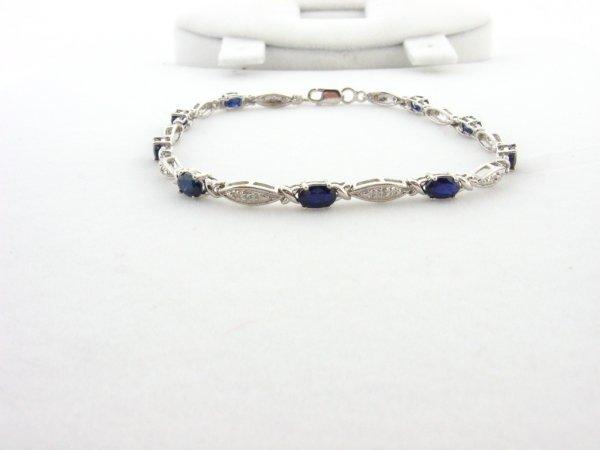 3006: GOV: 2.88CT Sapphire and 0.01CT Diamond Bracelet,