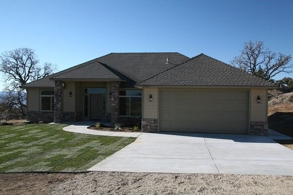 3011: BRAND NEW HOUSE in BEAR VALLEY,CA, 1 ACRE, FABULO
