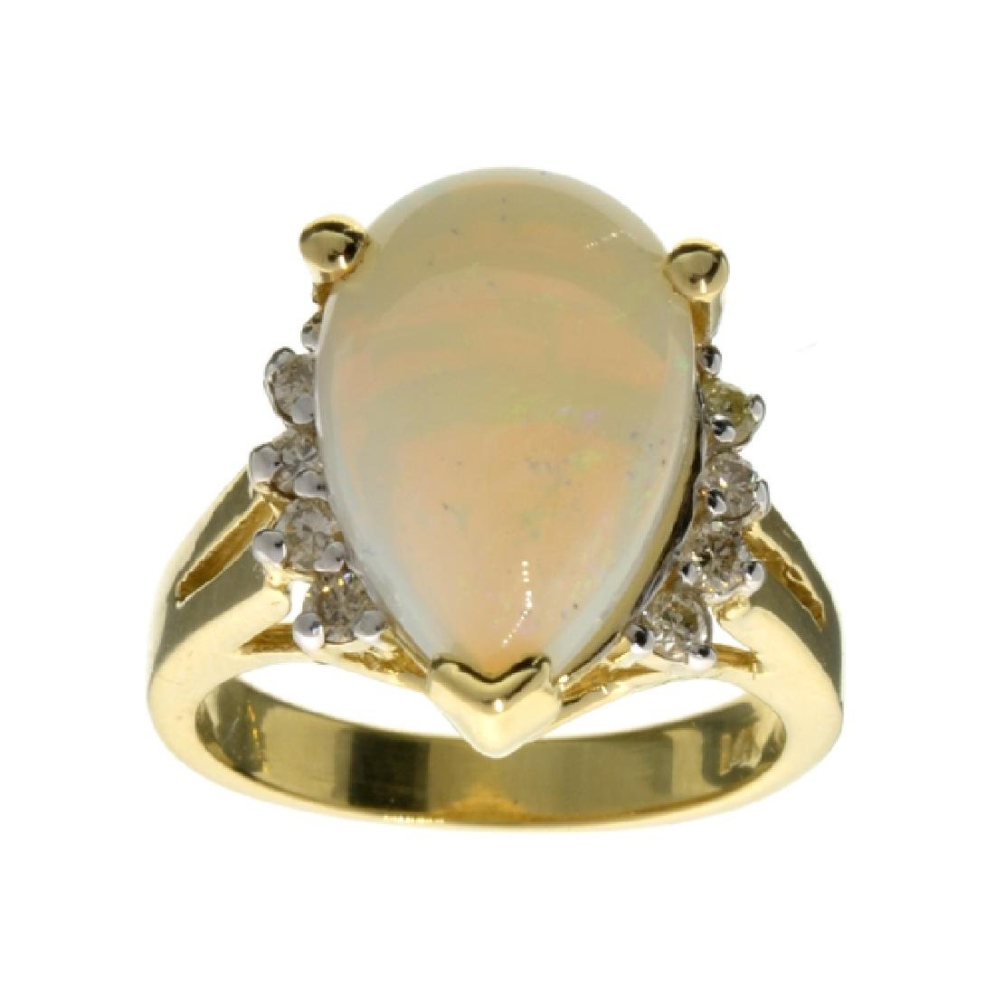APP: 3.8k 14 kt. Yellow/White Gold, 3.87CT Opal And