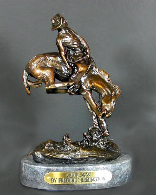 5001: Museum Quality Bronze: Frederic Remington - Outla