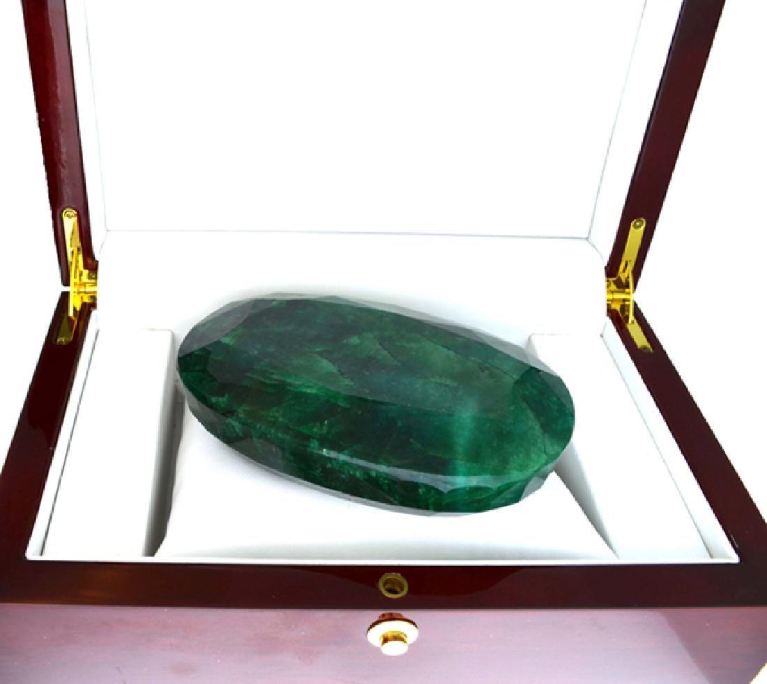 APP: 16.7k 2384.50CT Oval Cut Emerald Beryl Gemstone