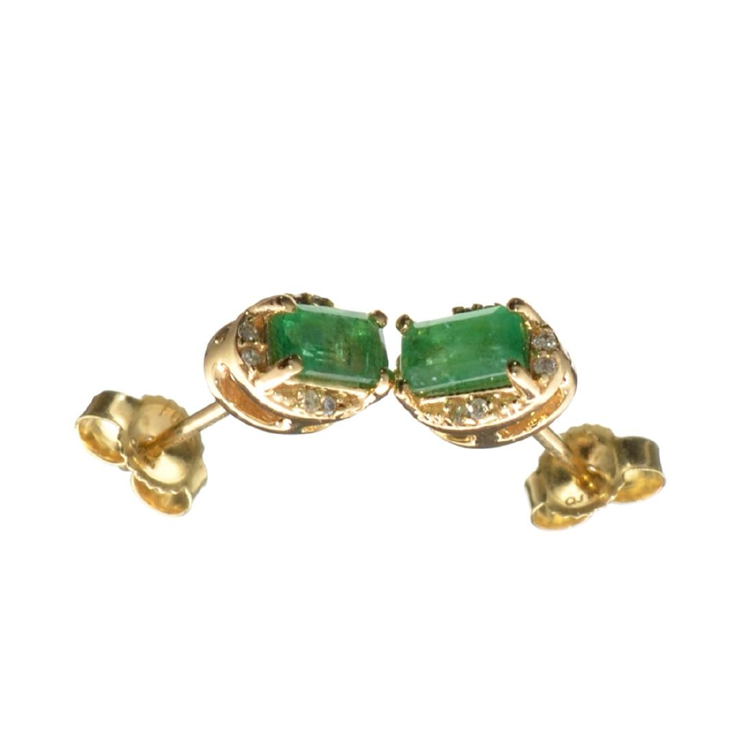 14KT Gold 0.58CT Rectangular Cut Emerald and 0.05CT