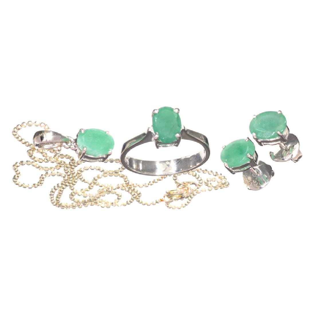 Fine Jewelry 3.96CT Oval Cut Green Emerald And Sterling