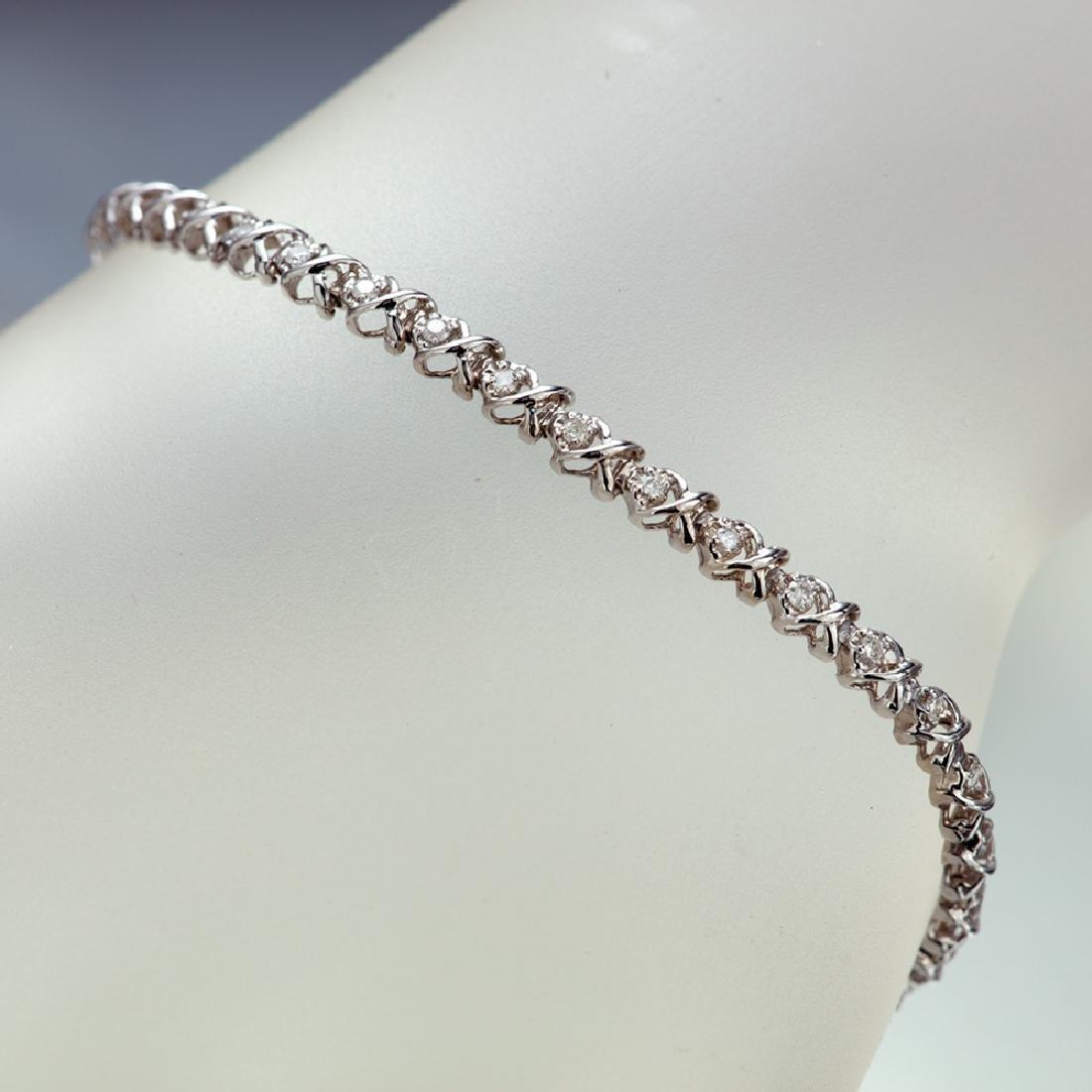 APP: 3.1k *Fine Jewelry 14KT White Gold, 0.55CT Round