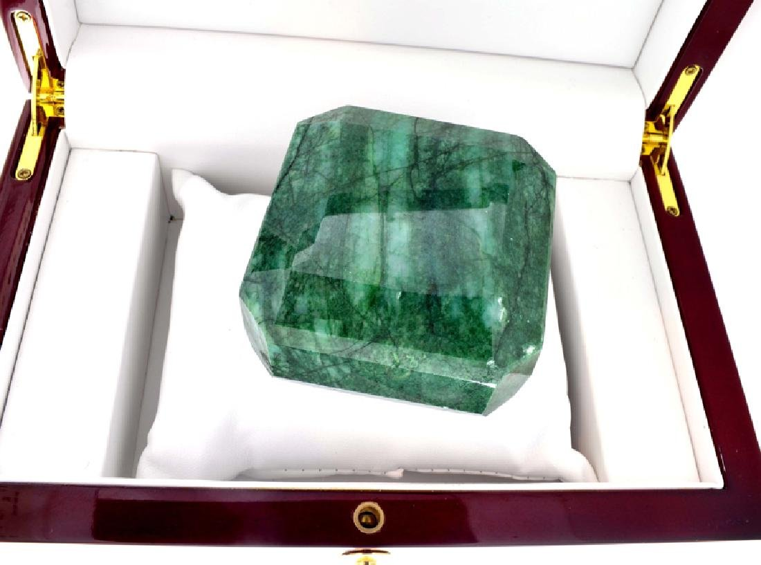 APP: 9.6k 1,925.50CT Emerald Cut Green Beryl Emerald