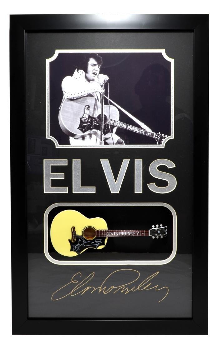 Rare Plate Signed Elvis Presley Photo With Guitar -PNR-