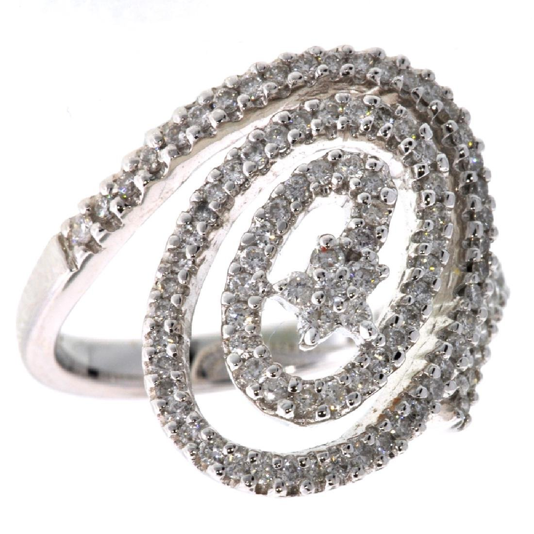 APP: 5k *18 kt. White Gold, 0.70CT Diamond Ring