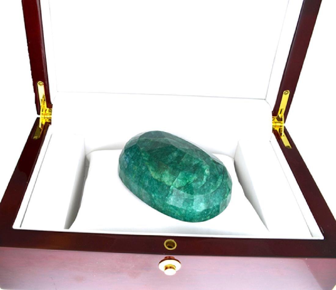 APP: 9k 1127.55CT Oval Cut Green Beryl Emerald Gemstone - 2
