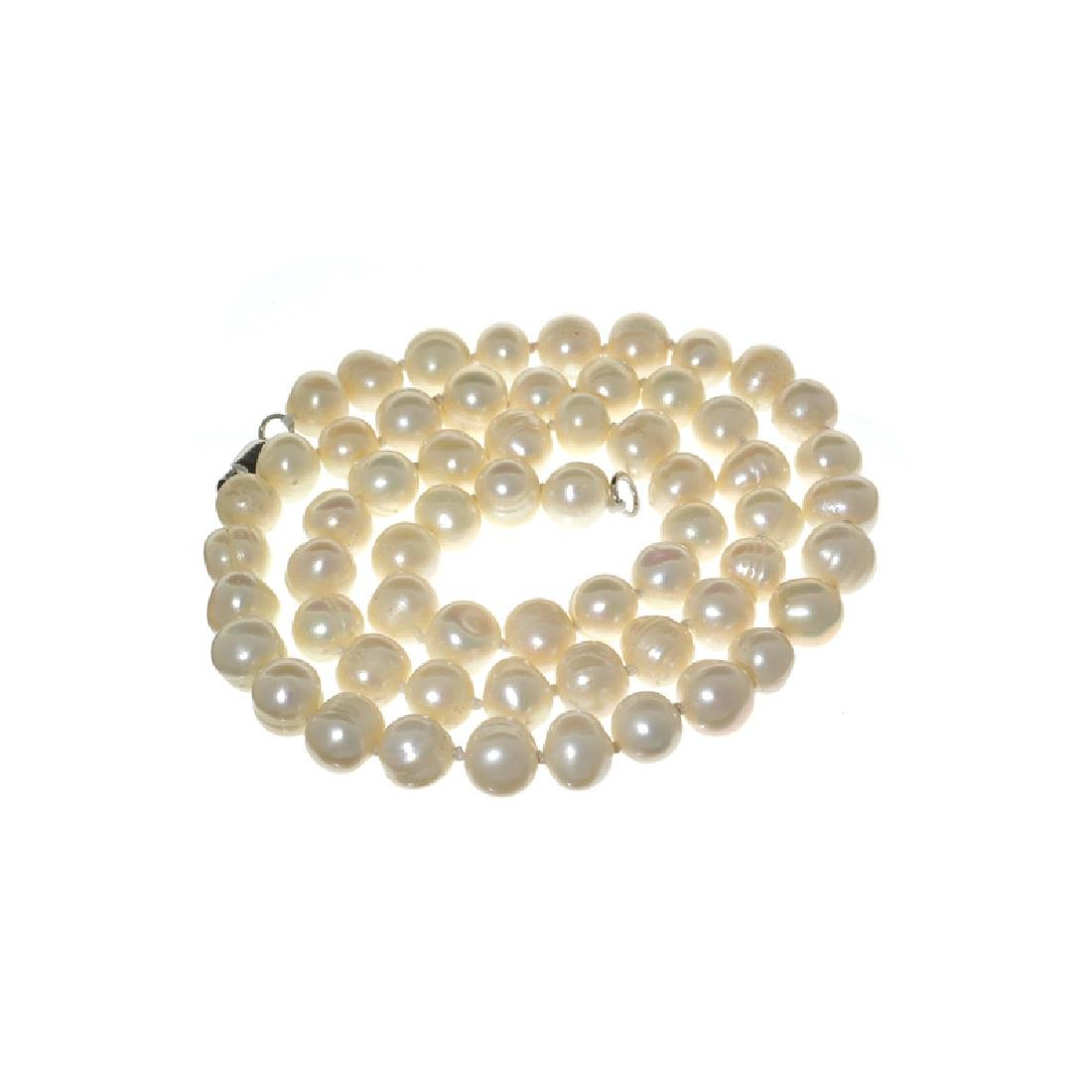 APP: 0.4k 18'' Pearl Strand with Sterling Silver Clasp