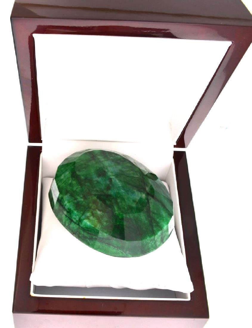 APP: 9.8k 1223.80CT Oval Cut Green Beryl Emerald - 2