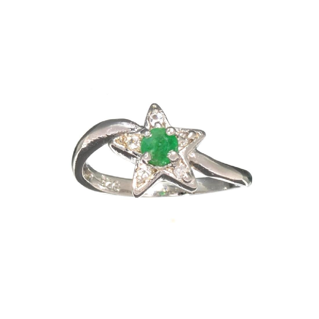 APP: 0.4k Fine Jewelry 0.31CT Green Emerald And White