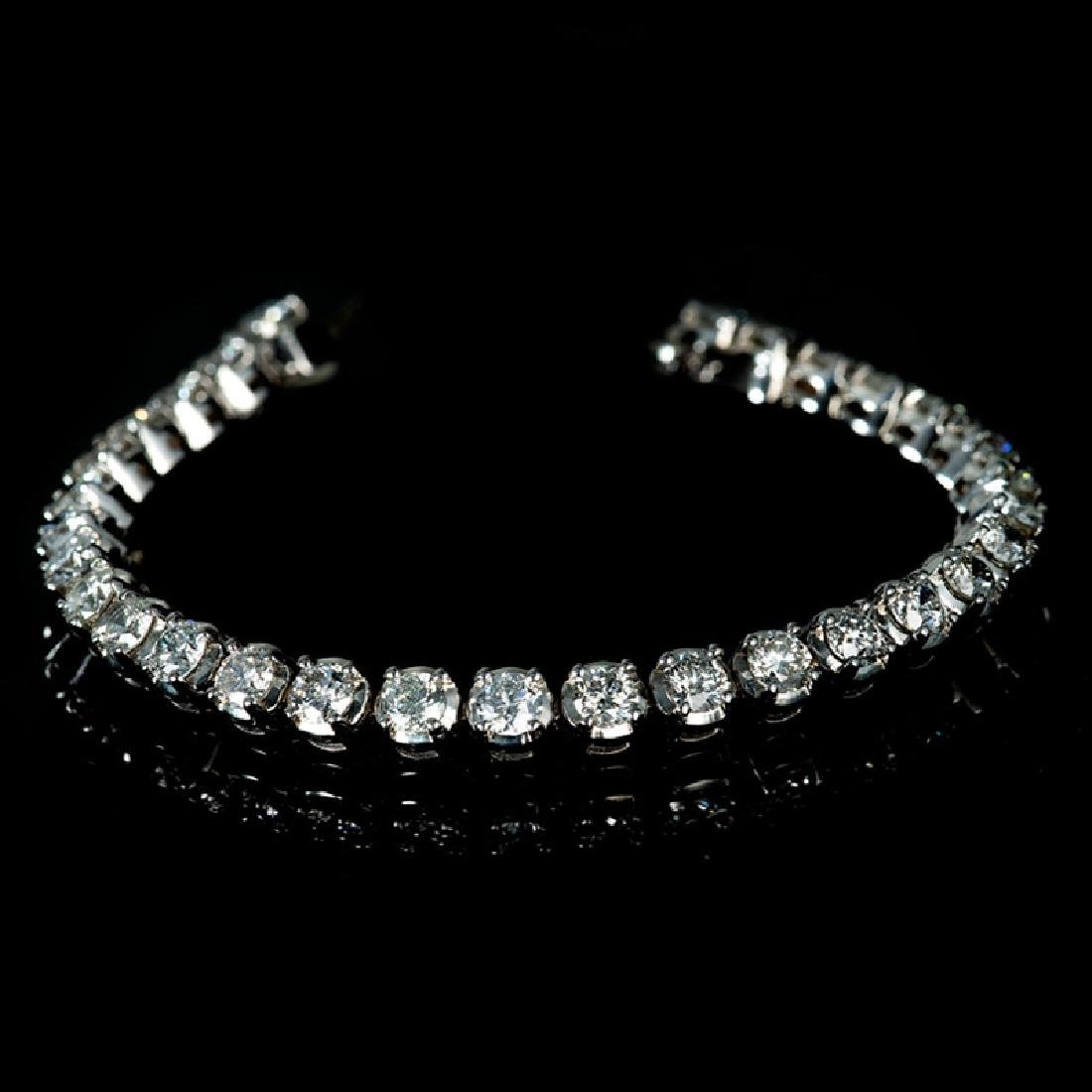 *Fine Jewelry 14 kt. White Gold, Custom Made, 10.00CT