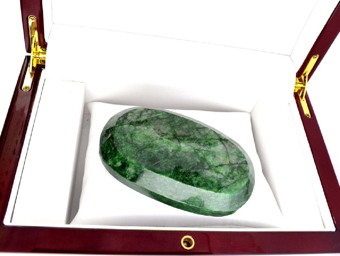 APP: 4.9k 972.05CT Oval Cut Green Beryl Emerald - 2