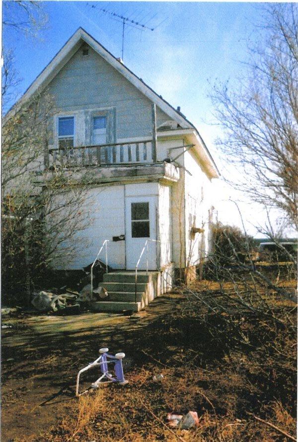 4833: GOV: SD HOUSE, Near the Missouri River STR SALE