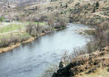 4180: GOV: CA PROPERTY, 3.5 AC. Klamath River STR SALE