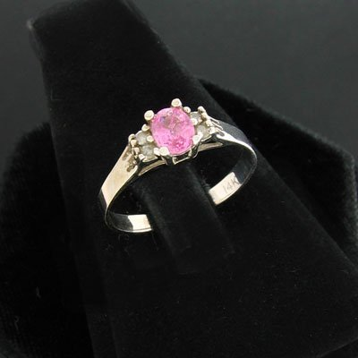 6: APP:$ 0.8k 14 kt. White Gold, 0.36CT Pink Sapphire a