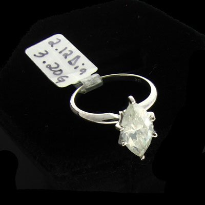 3005: APP: 23k 14 kt. Wht Gold, 2.12CT Dia. Ring