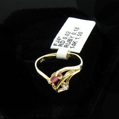 2909: 14 kt. Gold, 0.18CT Ruby & 0.02CT Diamond Ring