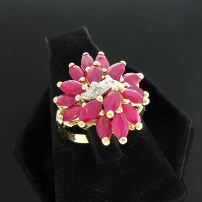 204: APP: $4k 14 kt. Gold, 3.99CT Ruby and 0.02CT Diamo