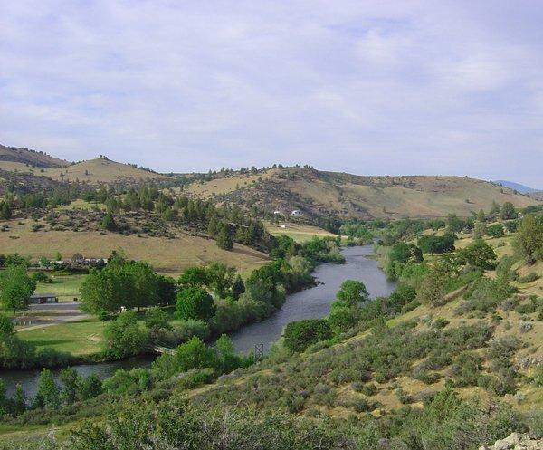 1324: GOV: CA LAND, 1.03 AC. KLAMATH RIVER, STR SALE