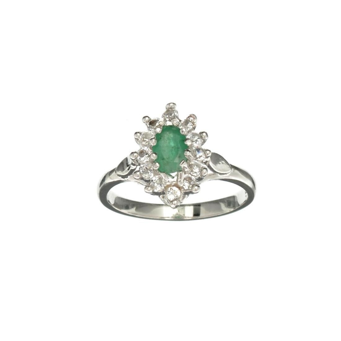 APP: 0.7k Fine Jewelry 0.92CT Green Emerald And White