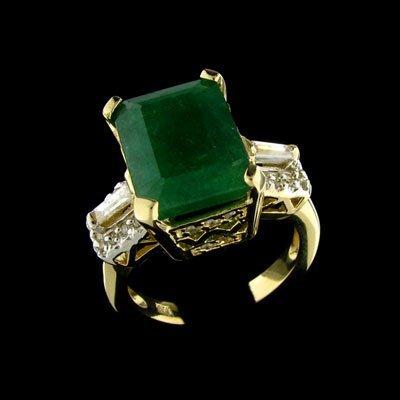 31: APP: $15.3k 14 kt. Gold, 5.48CT Emerald and Diamond
