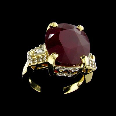 27: APP: $49k 14 kt. Gold, 12.16CT Ruby and 0.72CT Diam