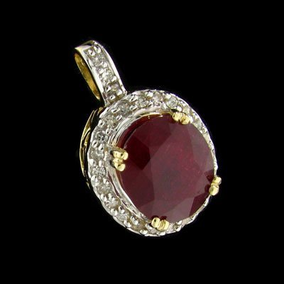 316: APP: $33.8k 14 kt. Gold, 7.00CT Ruby and Diamond P