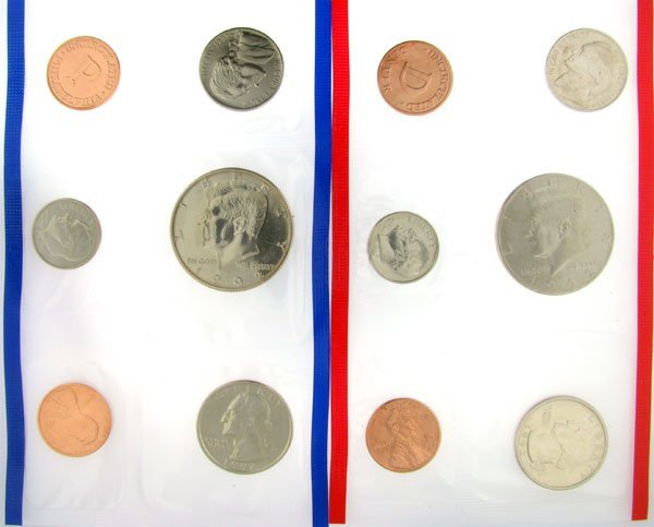 2303: 1992 US Mint Uncirculated Coin Set - Potential In