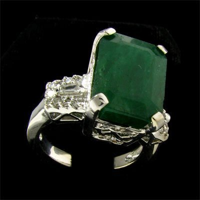 801: APP: 25.1k 14 kt. White Gold, 7.25CT Emerald and D