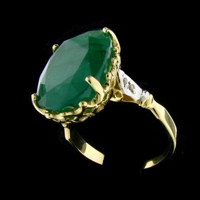 1729: APP: $26.4k 14 kt. Gold, 9.86CT Emerald and Diamo