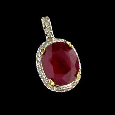 2870: APP: 41.4k 14 kt. Gold, 10.41CT Ruby and Diamond
