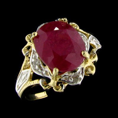 2046: APP: $ 11.2k 14 kt. Gold, 3.73CT Ruby and Diamond
