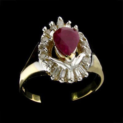 23: APP: $3.3k 14 kt. Gold, 0.82CT Ruby and 0.46CT Diam