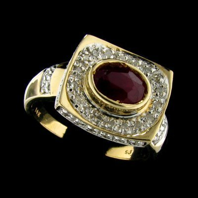 542: APP: 5.4k 14 kt. Gold, 0.79CT Ruby and 0.40CT Diam