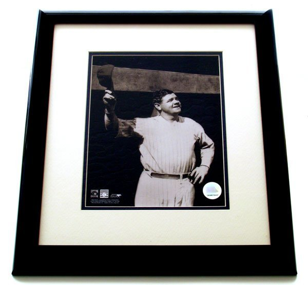 2507: Framed Sports Babe Ruth Memorabilia - Collect!