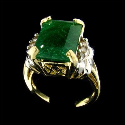 2511: APP: $11.1k 14 kt. Gold, 7.05CT Emerald and 0.14C