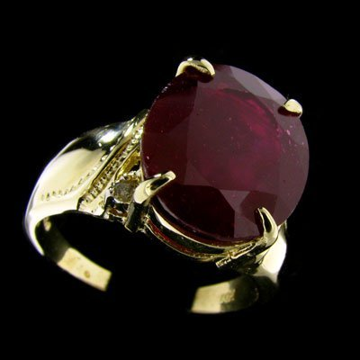 697: APP: $33.7k 14 kt. Gold, 7.67CT Ruby and Diamond R