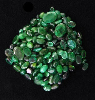 61: RRV APP: $4k 49.79CT Oval Cut Emerald Parcel