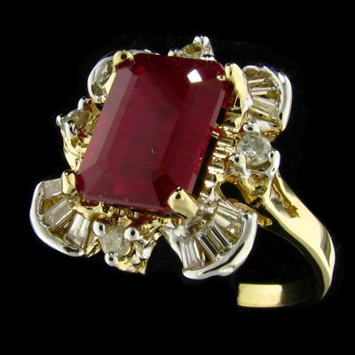 1255: RRV APP: $55.8k 14 kt. Gold, 5.65CT Ruby & Dia