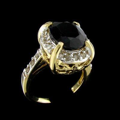 242: RRV APP: 8.6k 14 kt. Gold, 4.38CT Sapphire Ring
