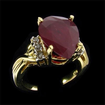 1824: APP: 12.4k 14 kt. Gold, 6.80CT Ruby and Diamond R