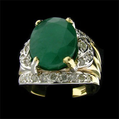 2742: APP: 15.9k 14 kt. Gold, 7.40CT Emerald and 0.42CT