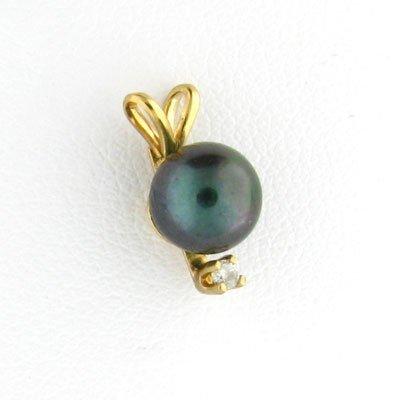 2746: 14 kt. Gold, Black Pearl and Diamond Pendant