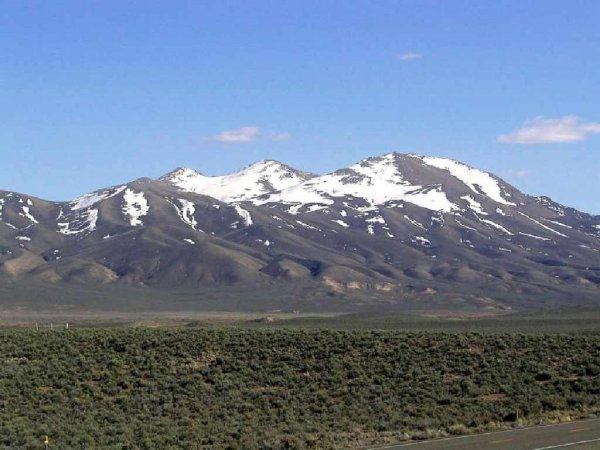 40: GOV: NV LAND, 40 AC., LARGE ACREAGE! COUNTRY RANCHE