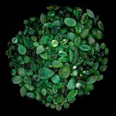 25: APP: 10.4k 51.84CT Mixed Cuts Emerald Parcel